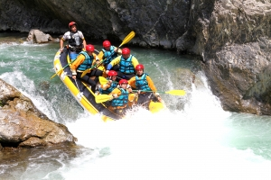Rafting team building roma